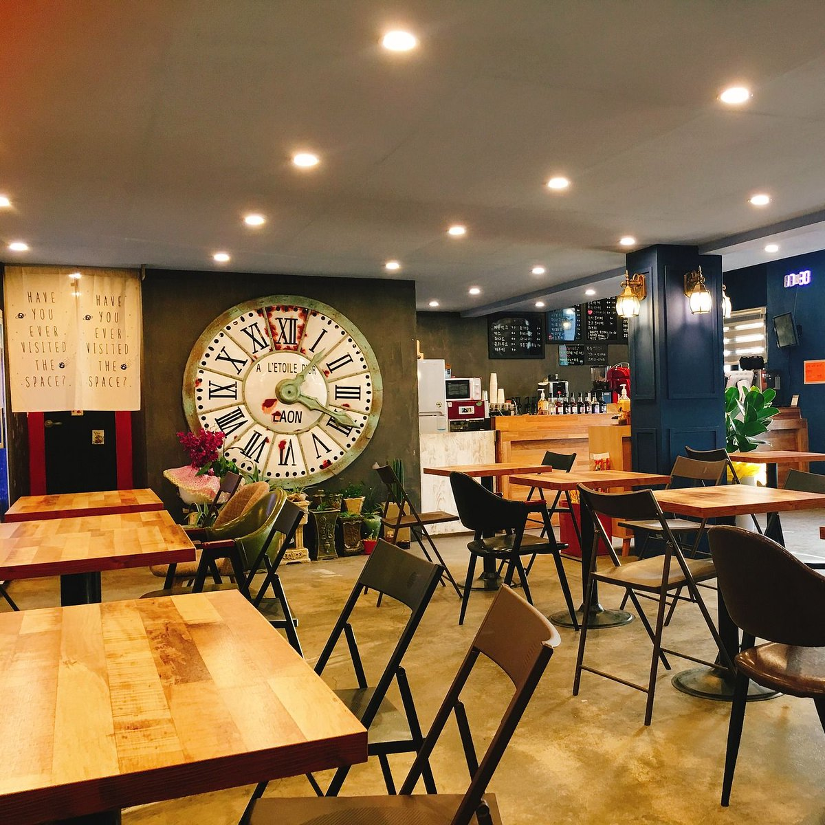 Master3languages On Twitter Coffee Shop At The Jebudo Island Have You Been Here Source Https T Co Z04aanhzzw Learn 15 Ways To Say Hello In Korean Https T Co 01tzhulqfx Korea Southkorea Corea Coreadelsur Jebudo Jeburi