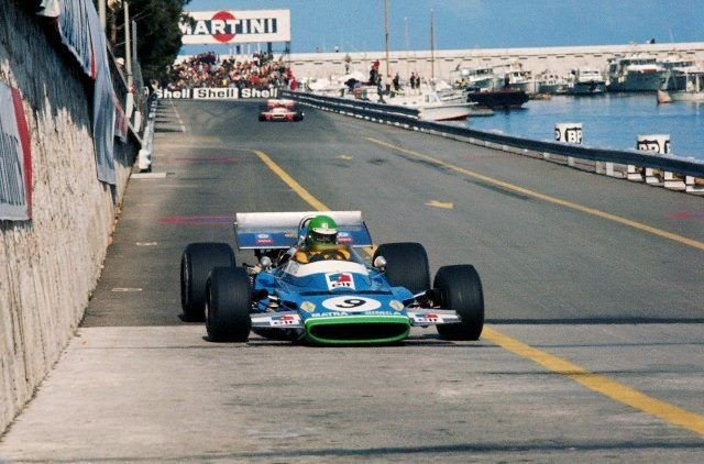 Henri Pescarolo 🎂 in Matra MS120 scored his only podium in #F1 with a 3rd place finish in the 1970 #MonacoGP (Photo via @JordiPerez60) https://t.co/OPgvo0wIXZ
