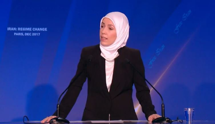 Selva Oksoy: Women are suffering systematically in #Syria. Decision-makers in this world must make decisions against dictators in this world.  I hail all those who support my people in #Syria <br>http://pic.twitter.com/BxhUtYKQEv