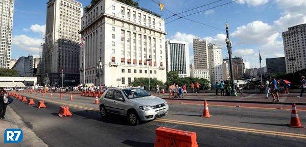 Relatório aponta fraudes em uso de app de transporte da prefeitura https://t.co/PV7tTWKKPc