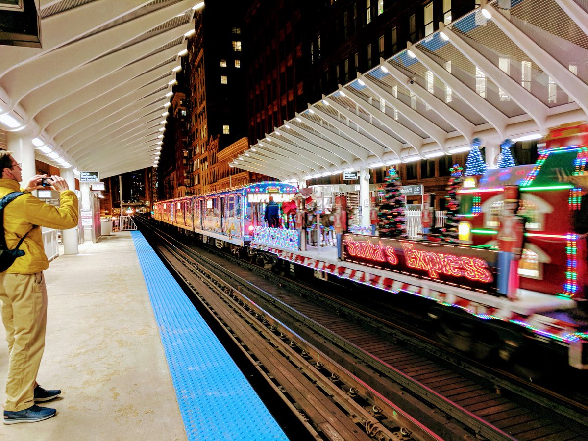 cta holiday train this season itll be on the red and purple lines httpwwwtransitchicagocomtravel_informationholidaysched20171216aspx