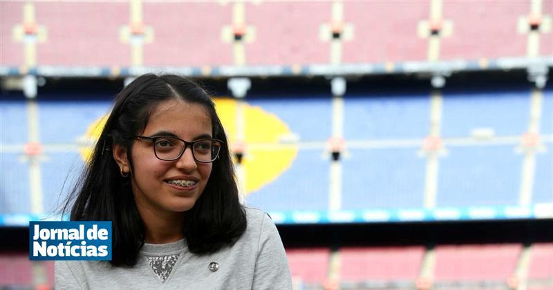 Barcelona concretiza sonho a menina refugiada síria https://t.co/UcMiYj2StD