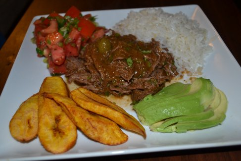 Crockpot Cuban Ropa Vieja (Shredded Beef) from  @DelishDLites https://t.co/hBP3ly5wHh