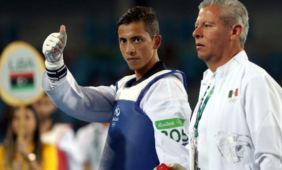 #Nacionales Taekwondoín Carlos Navarro considera logro importante ser líder mundial https://t.co/R9EHdYpkiN