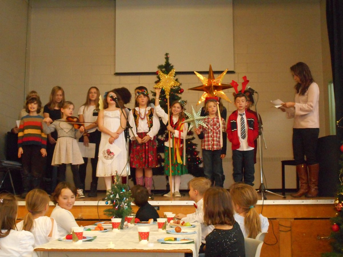 ocsb international languages program learners from the saturday polish language program celebrate this joyful season a special merry christmas to this - How To Say Merry Christmas In Polish