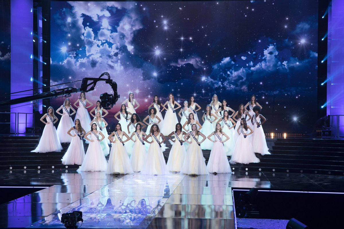 Nos Miss rendent un bel hommage à Johnny Hallyday. ❤️ #MissFrance2018