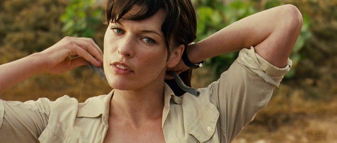 Happy Birthday to Milla Jovovich who turns 42 today! Name the movie of this shot. 5 min to answer!