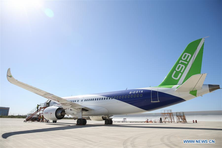 With a standard range of 4,075 km, China's first domestically-built large passenger je #C919t  is comparable to Boeing's new generation 737