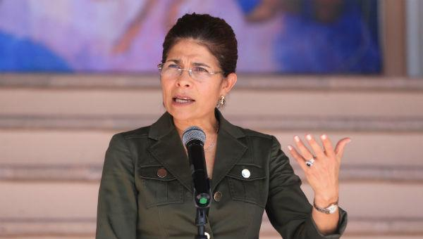 Murió en accidente aéreo hermana del presidente de Honduras https://t.co/Axfdk6COrB