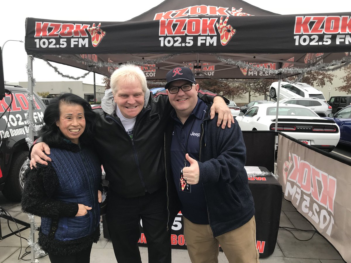 ... At Larson Chrysler Jeep Dodge Ram In Puyallup For The @Jeep  #BigFinishEvent! Once Again Reminded How Lucky I Am To Be Part Of The  @KZOKFM Family.