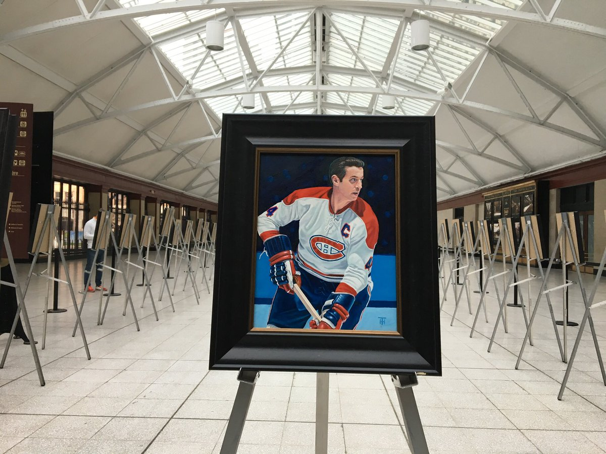 Wonderful to see @THFineArt's magnificent Greatest 100 NHL Players portraits featured with Dick Irvin's voice on @hockeynight intro to tonight's #NHL100Classic game. Among my very favourites of Tony's 100 paintings:
