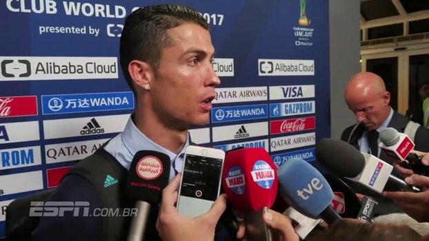 Cristiano Ronaldo vê Real confiante para encarar o Barcelona e comemora: 'Cinco troféus em um ano' https://t.co/625YzASQkV