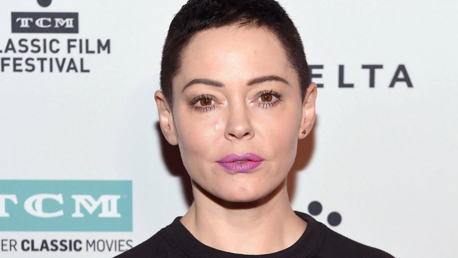 Rose McGowan calls out Meryl Streep, actresses who plan to wear black to #GoldenGlobes  https://t.co/xdWnNMvXox