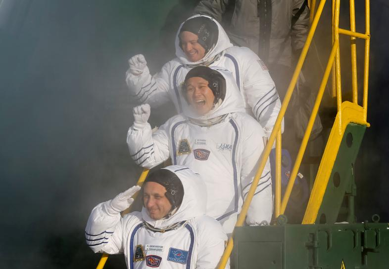 U.S., Russian, Japanese crew blasts off for space station https://t.co/sMD2ZfmZVJ