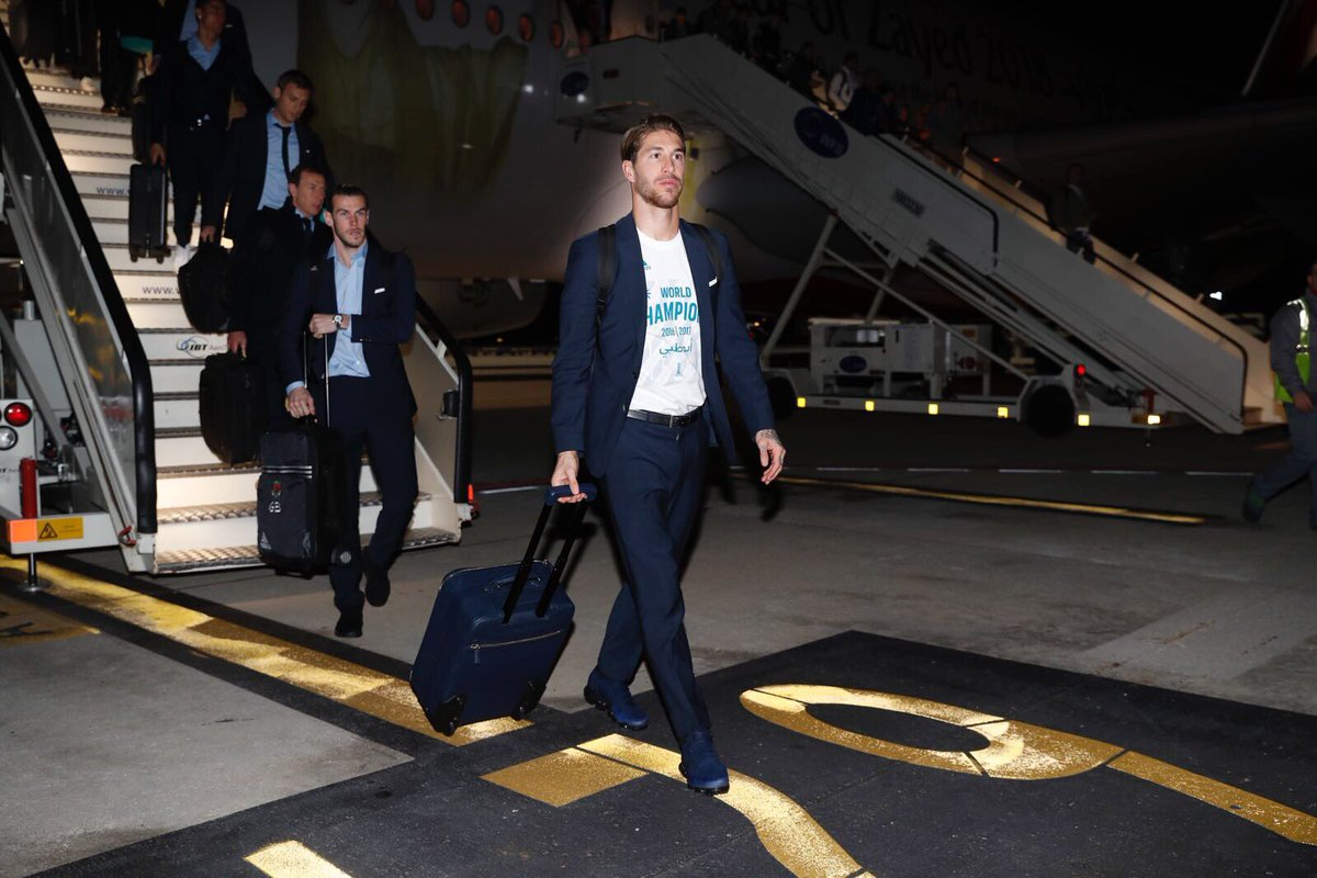 🛬🇪🇸🏆 The Club World Cup champions are back in Madrid!  #RMCWC | #HalaMadrid