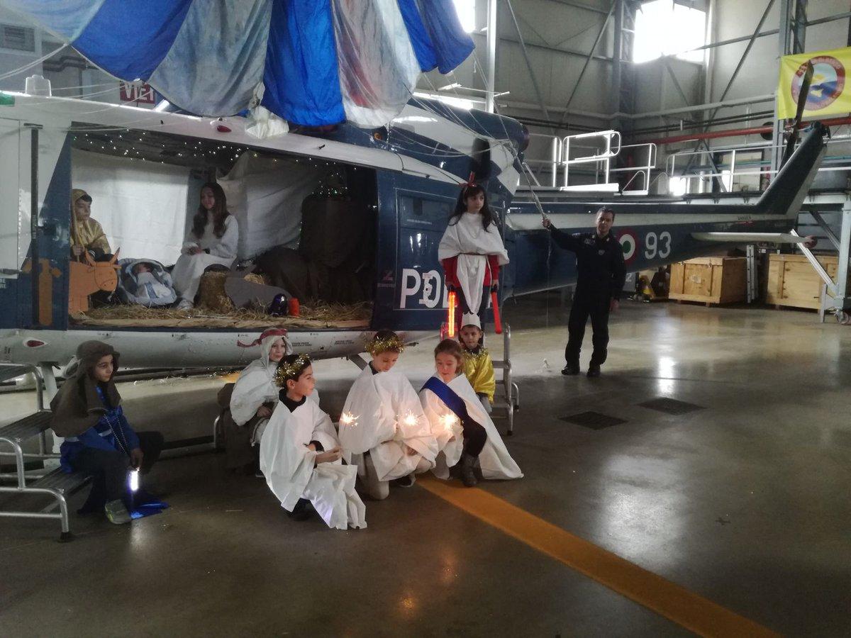 Elicottero Interno : Incidente sul lavoro a masone operaio accompagnato in elicottero