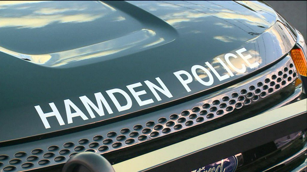 Hamden officer struck by elderly driver while directing traffic https://t.co/YWNPLKKgtg