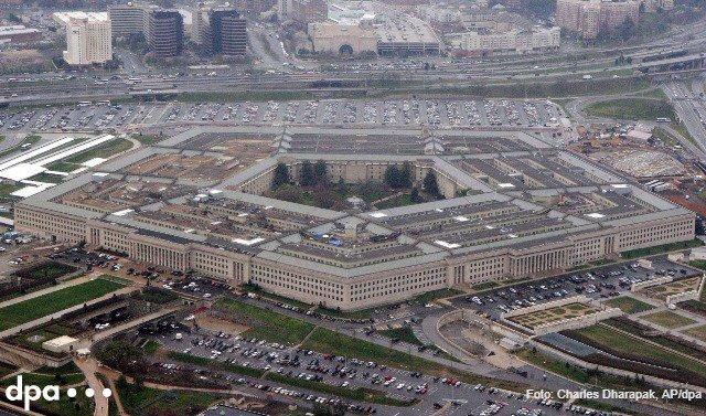 Das Pentagon ist laut Medienberichten jahrelang in aller Stille Berichten über mysteriöse Flugobjekte oder UFOs nachgegangen.Die Aufwendungenin Höhe von 22 Mio Dollar pro Jahr wurden demnach jeweils im Verteidigungshaushalt versteckt https://t.co/NxGDDrHOaq via @Volksfreund (him)