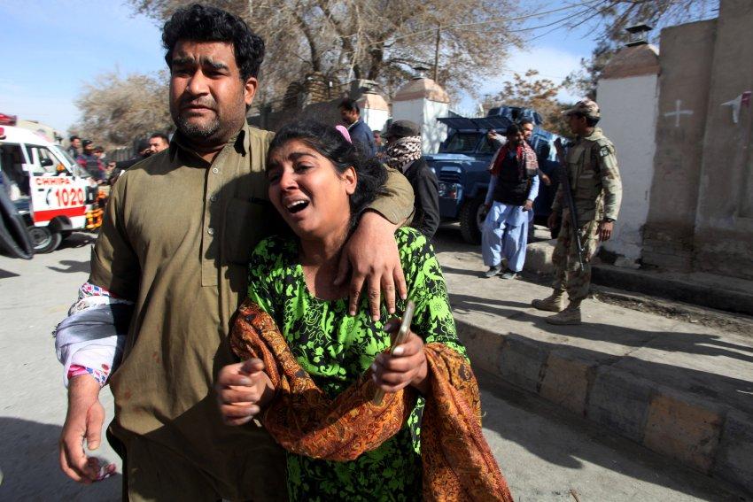 Pakistan: Mindestens fünf Tote beiAttentat auf Kirche https://t.co/aSCm9tCmtr