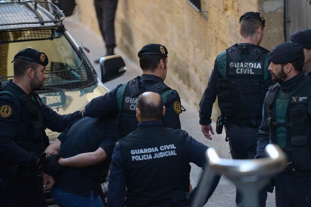 El acusado de tres asesinatos en #Teruel...