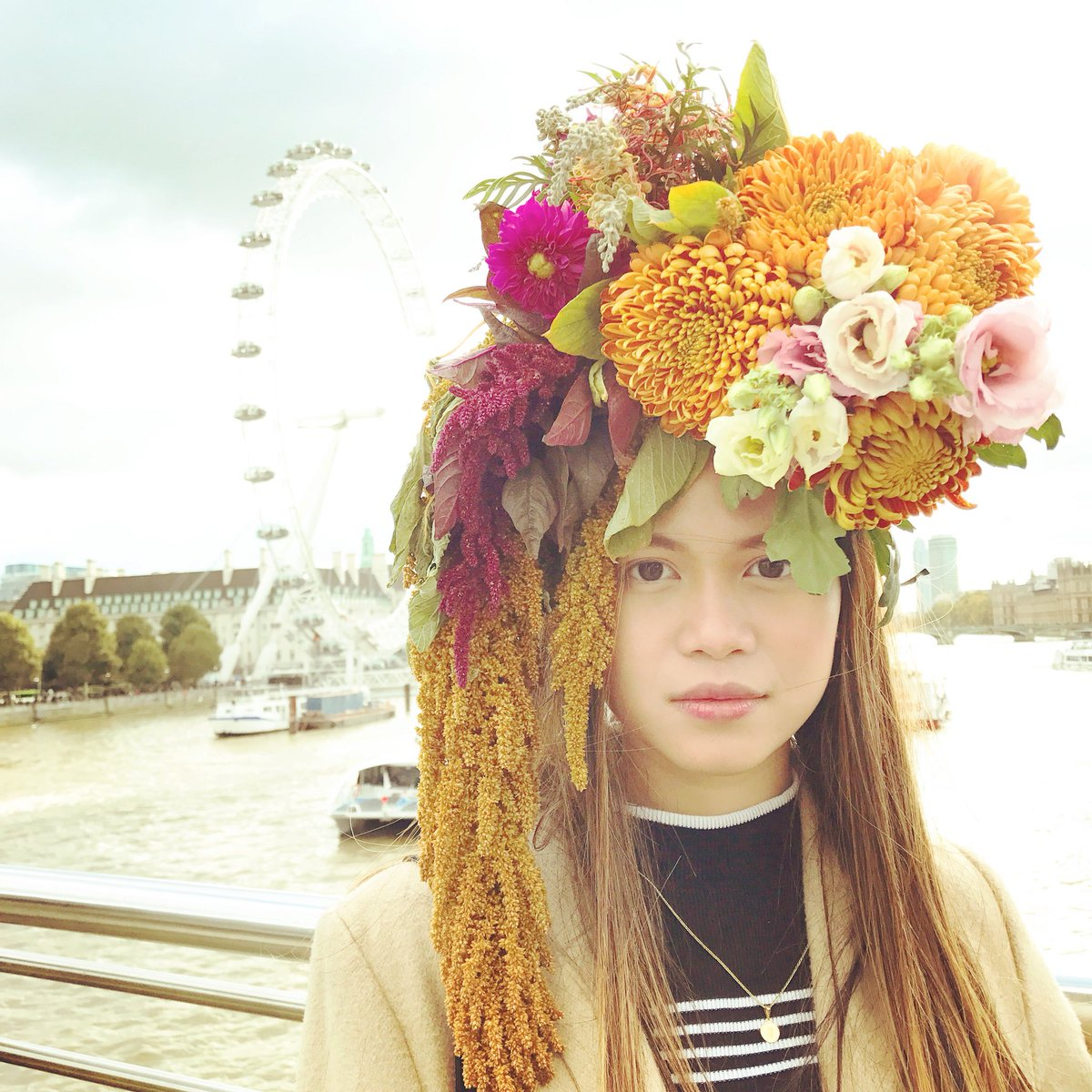 """Vision is the art of seeing things invisible."" – Jonathan Swift   #flowersonyourhead #london #fridakahlo #Artist"