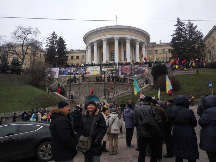 Союзники України відреагували на спробу захоплення Жовтневого палацу