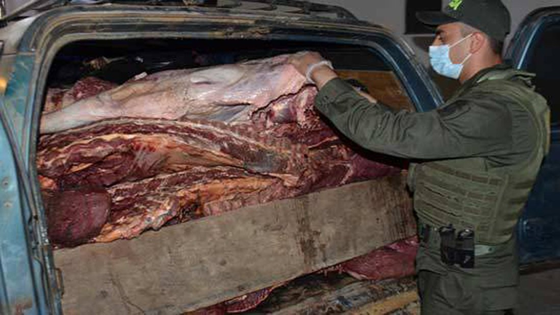 #Sucesos | Policía colombiana incauta tres toneladas de carne provenientes de Venezuela https://t.co/gYIXOfRHKv https://t.co/4A8FlnvnHI