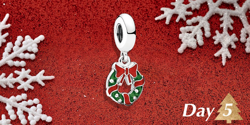 Day 5: We are excited about our #12DaysOfCharms giveaway and are decking the halls with a Holiday Wreath!  Enter to win this charm of the day by replying with what you love about the holidays and #PANDORASweepstakes.*US Only* Details here: https://t.co/7mgz4XteIw