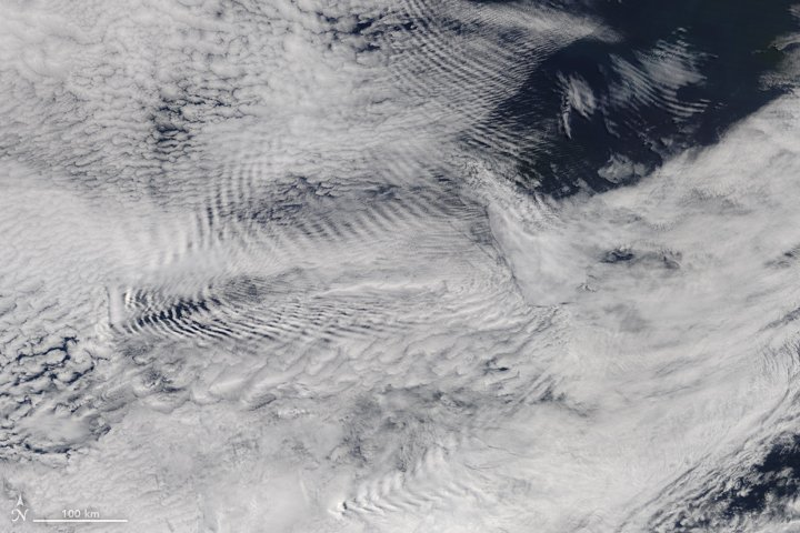 Waves in the Sky Behind the Auckland Islands https://t.co/vNRpaMq7Xg #NASA
