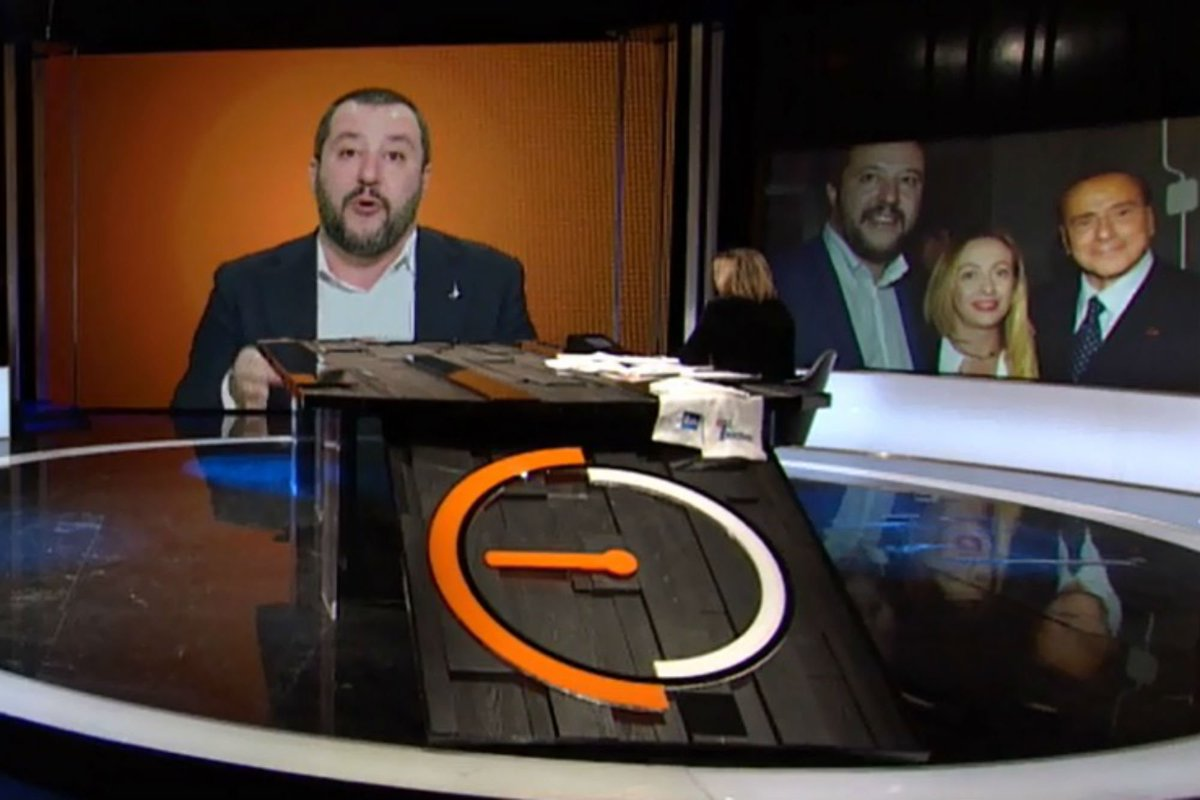 .@matteosalvinimi : 'Io posso fare il premier, @berlusconi no'  https://t.co/oduezTawi8