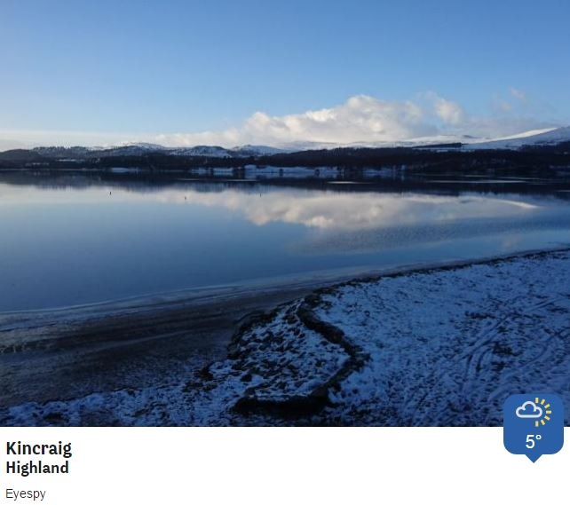 A brighter end to Sunday than the start at Loch Insh (A9, past Kinguisse, nr Kincraig). @BBCWthrWatchers Phil