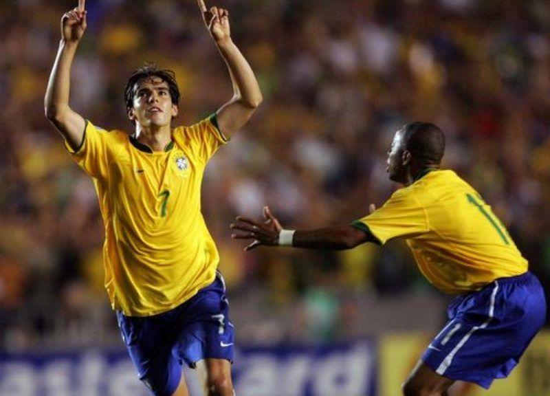Kaká desanima torcedores do São Paulo e anuncia aposentadoria dos gramados https://t.co/5dLBJGyYSi