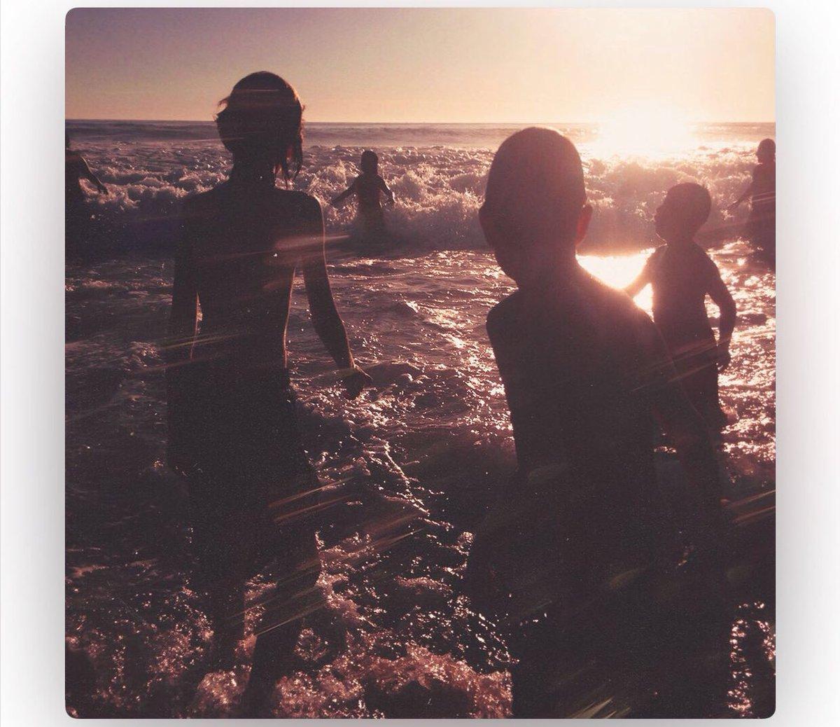 "Finally Linkin Park final album""one more light"" RIP Chester Bennington 💔! https://t.co/bZ7wzwL2st"