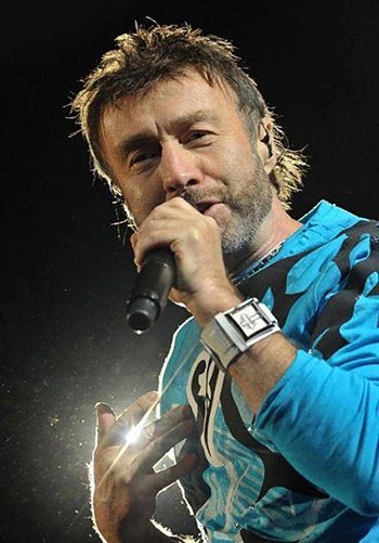RT @77MASH: #OnThisDay, 1949, born #PaulRodgers - #Queen - #Free - #BadCompany https://t.co/xVCMijqDCN