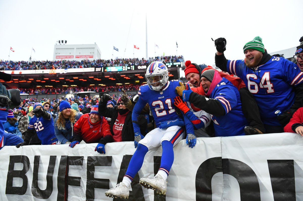 Fish, squished. #GoBills  Top photos from the win: https://t.co/f1jGBXSI0v