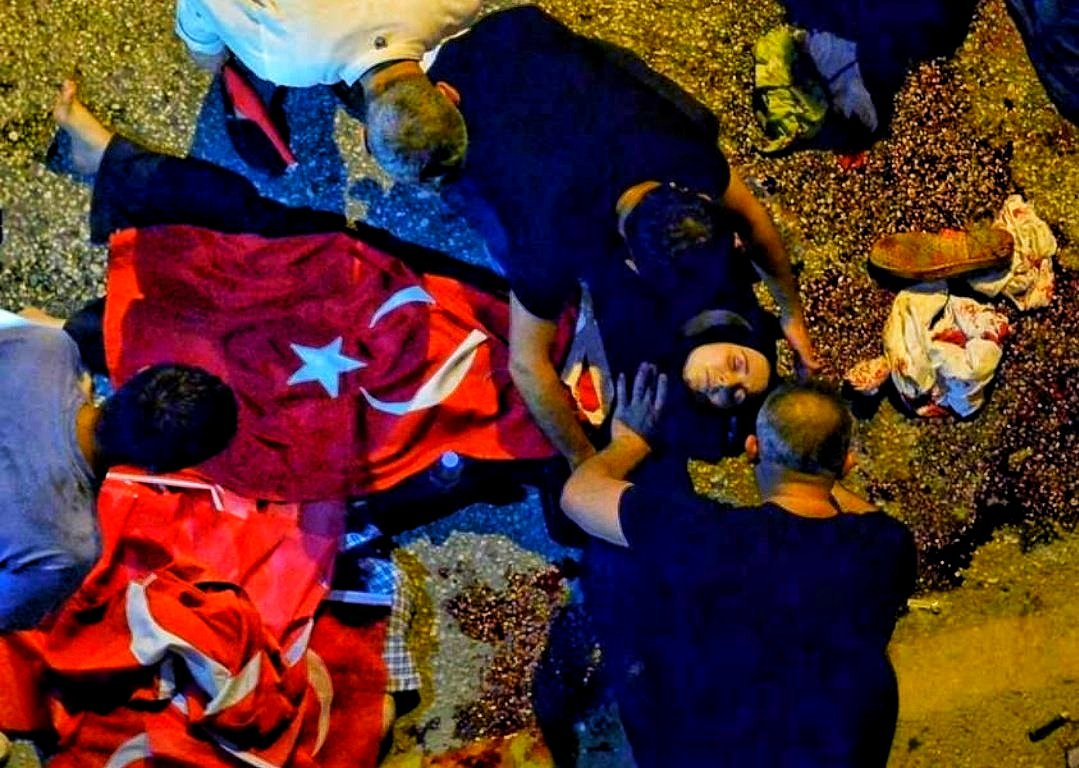 RT @TheLaikYobaz: Şehitlerimizi ve Şehit Düşüren Kahpeleri Unutursak Kalbimiz Kurusun! #ŞehitlerimiziUnutmadık https://t.co/TSrOGz6wVx