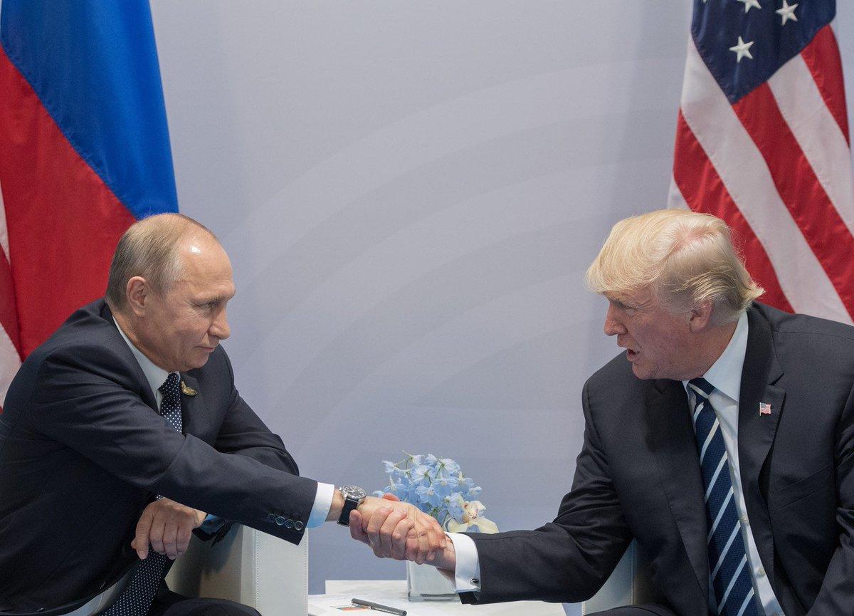 Путин поблагодарил Трампа за информацию о готовящихся в Петербурге терактах https://t.co/z9ii2aSUhB