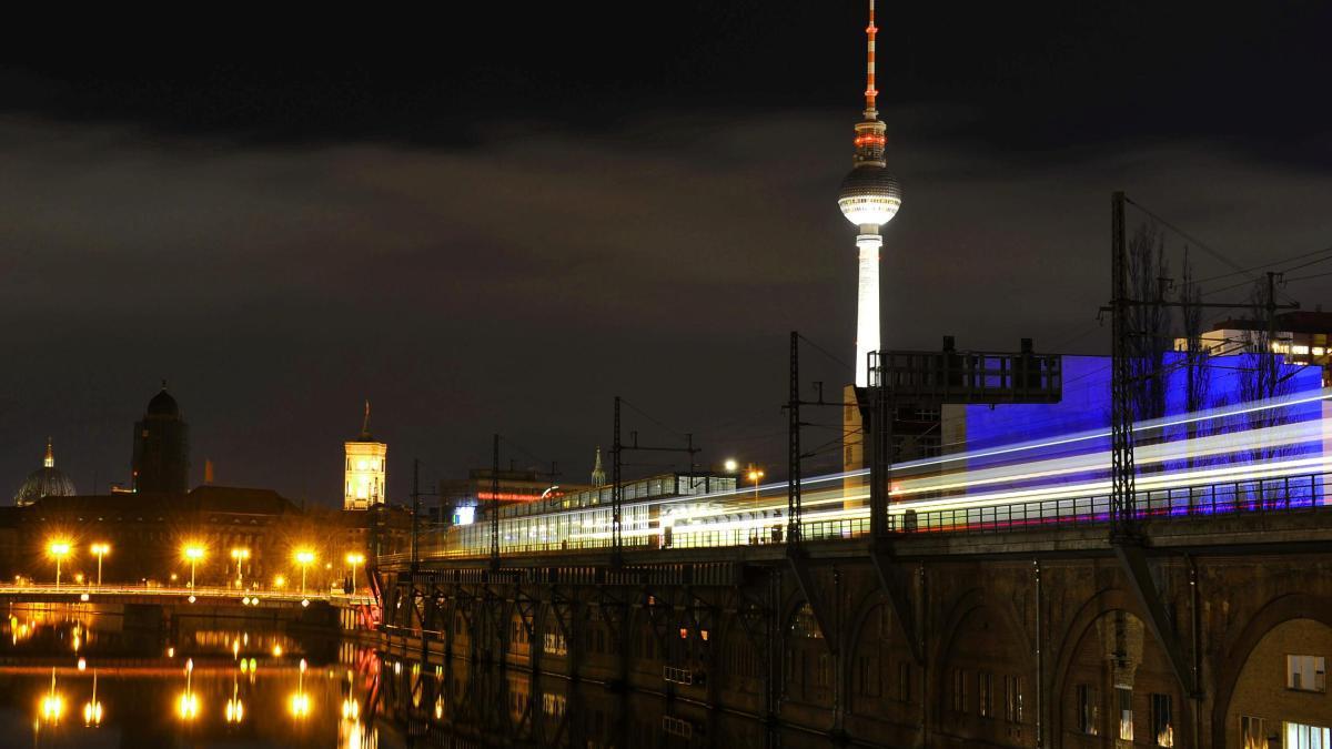 Heftige Schlägerei an Berliner U-Bahnhof https://t.co/rYYA5J8AOl