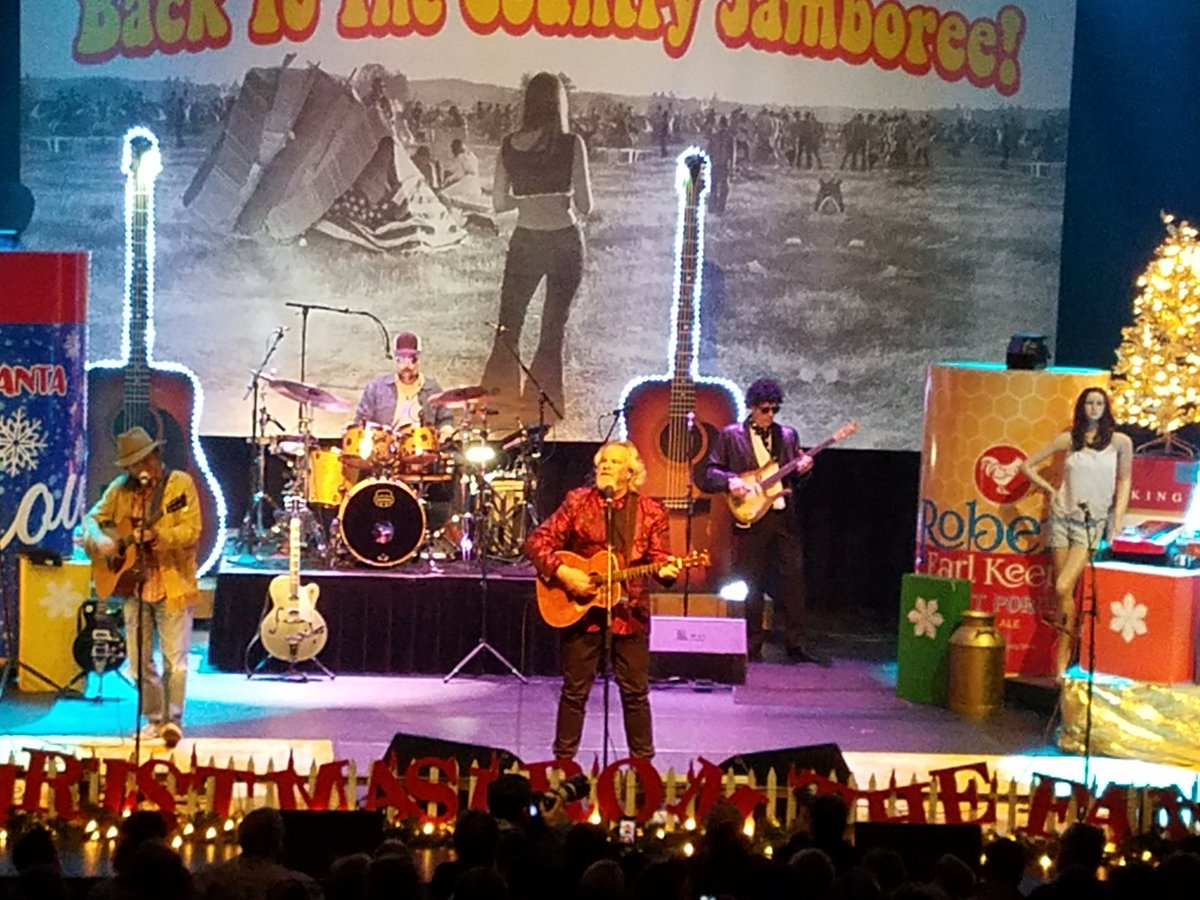 @RobertEarlKeen1 Country Jamboree in Austin.  Best Christmas show ever.  Whoop!! https://t.co/LsKnTuXIUd