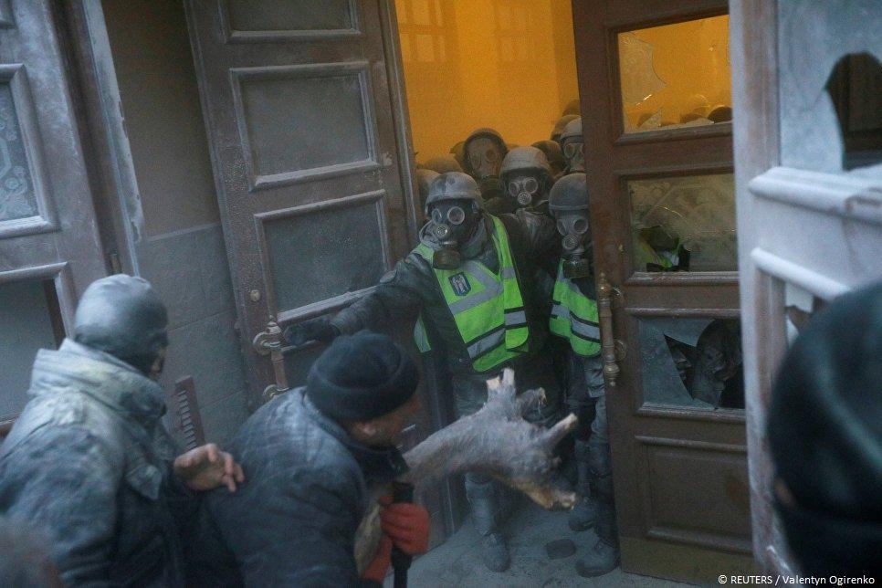 В Киеве в результате столкновений пострадали 60 нацгвардейцев  https://t.co/SLNkQornCX