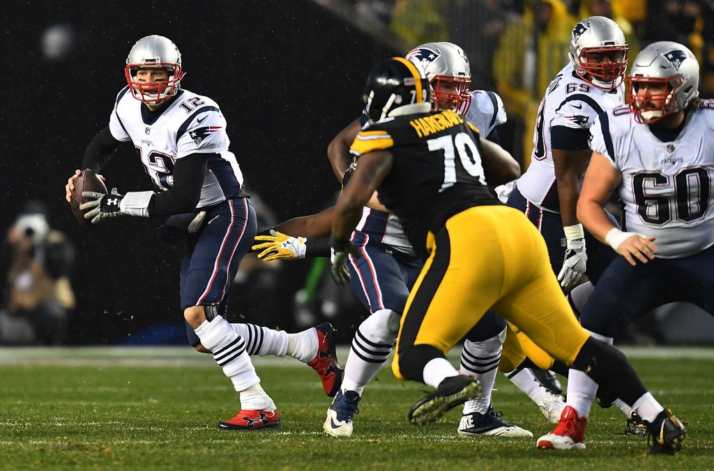 A late Patriots rally, an overturned call and an interception clinch the division for New England! Pats beat Steelers 27-24. https://t.co/nt0UADXnc0