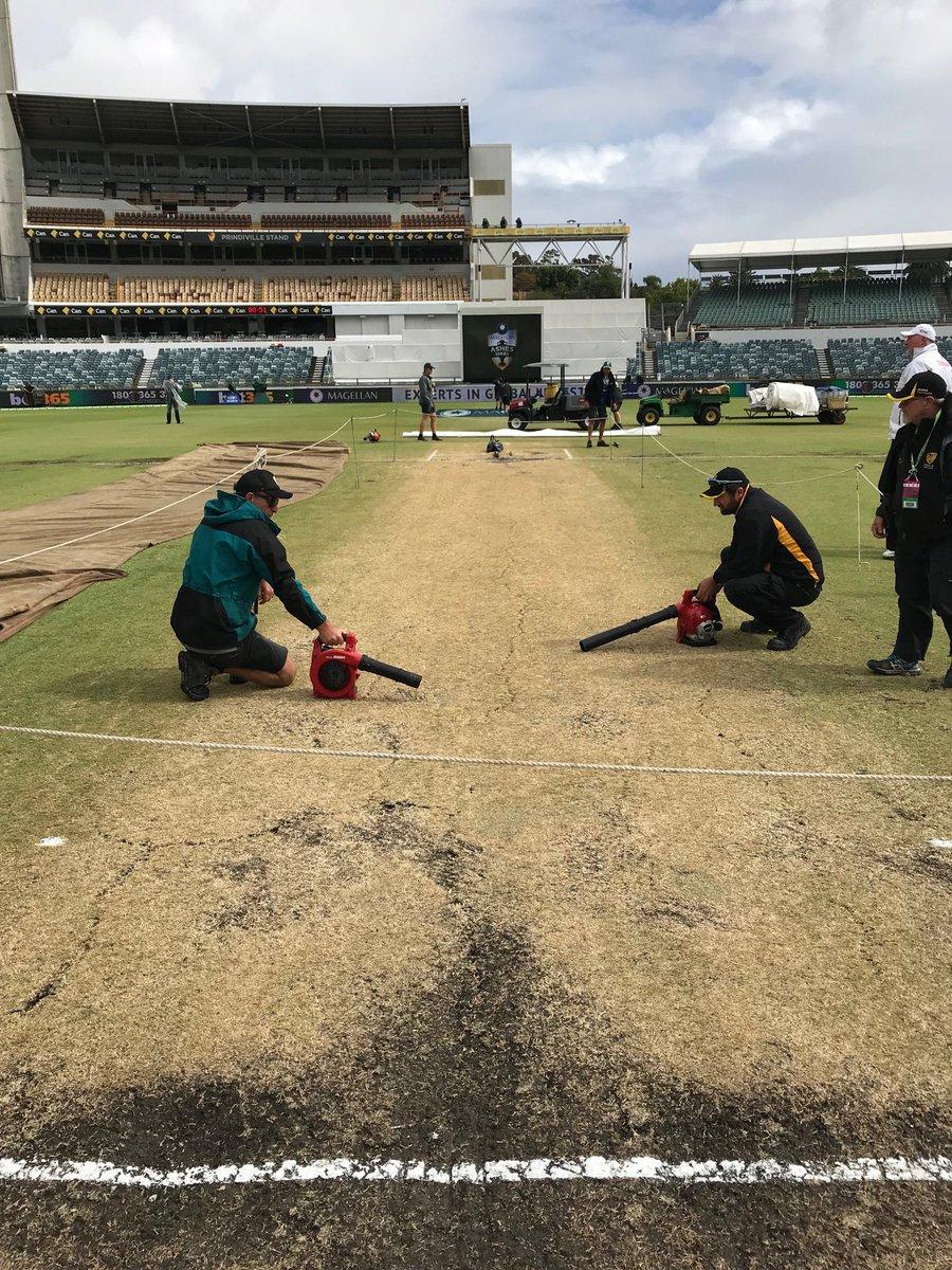 Ashes 2017-18: Australia crush England in third Test at Waca