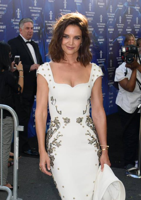 Happy Birthday to Katie Holmes who turns 39 today!