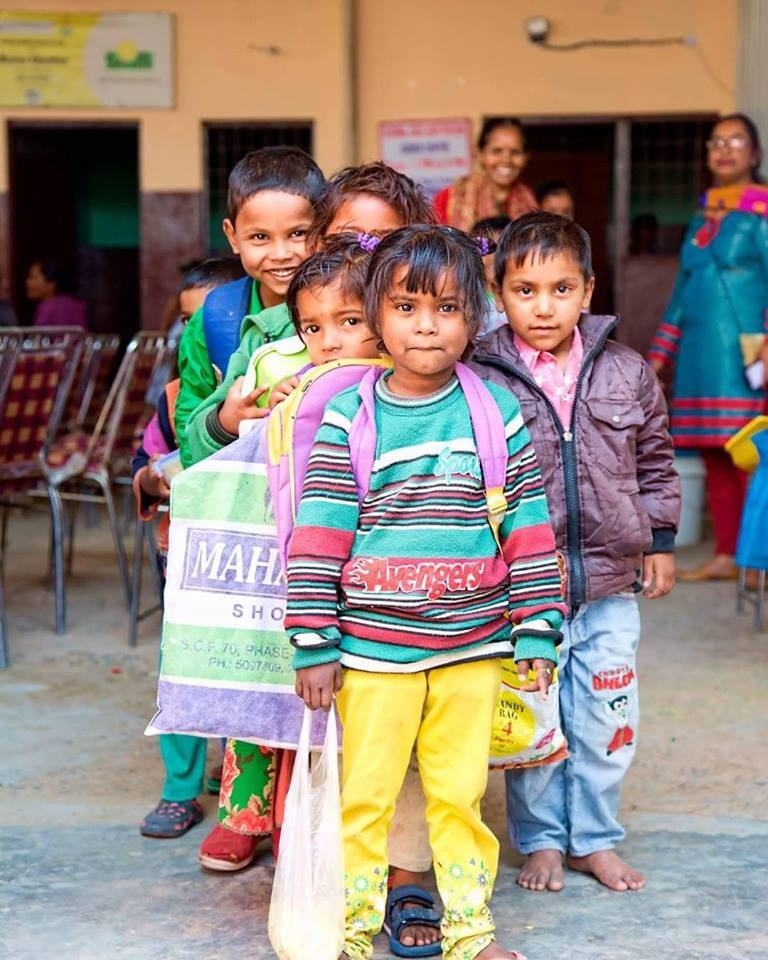 Our #MondayMotivation is to see these 600 little ones living in slums of #Gurgaon start anew as they now experience #education at our centre GVS.   #EveryChildInSchool <br>http://pic.twitter.com/6xxjMpvddW