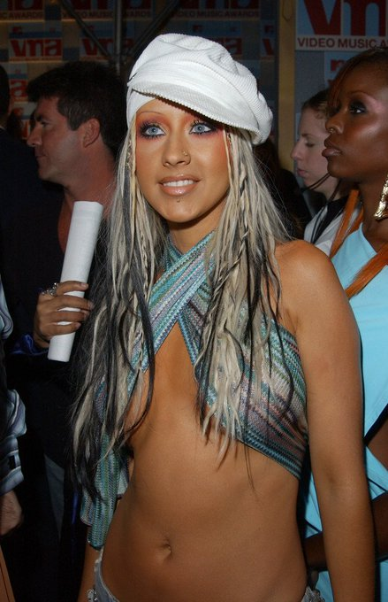 Happy Birthday to Christina Aguilera!      The best singer alive!!!