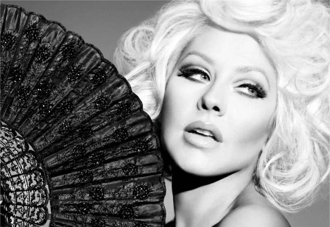 Christina Aguilera - Happy Birthday!