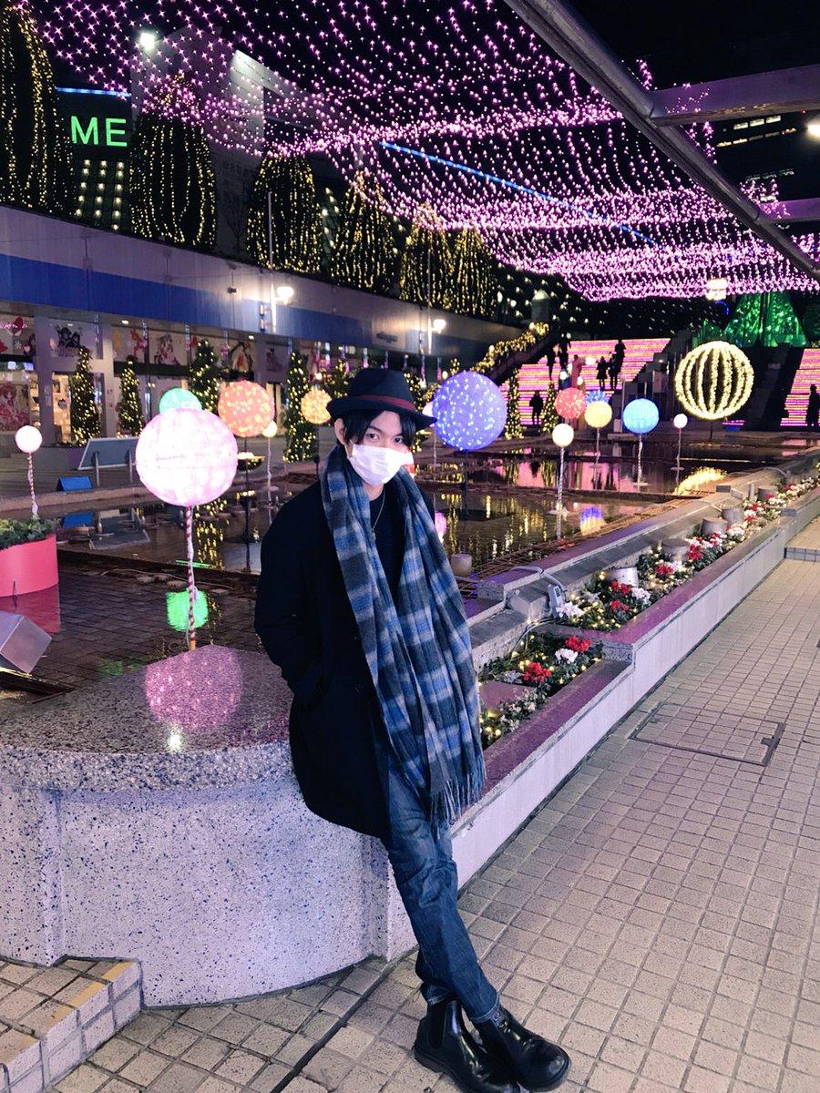 稽古終わりました。 こないだのGロッソ場当たりの時にしょーごくんが撮ってくれた写真。 クリスマス感あるでしょ?
