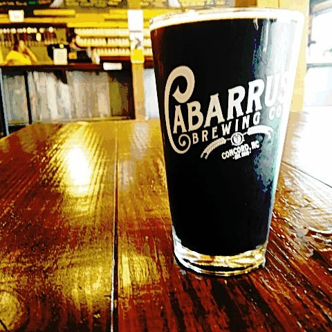 #PlacesWeLove! The @cabarrusbrewco in #Concord #NC.  Great #CraftBeer and fun for the whole family <br>http://pic.twitter.com/BvB8VOg8F1