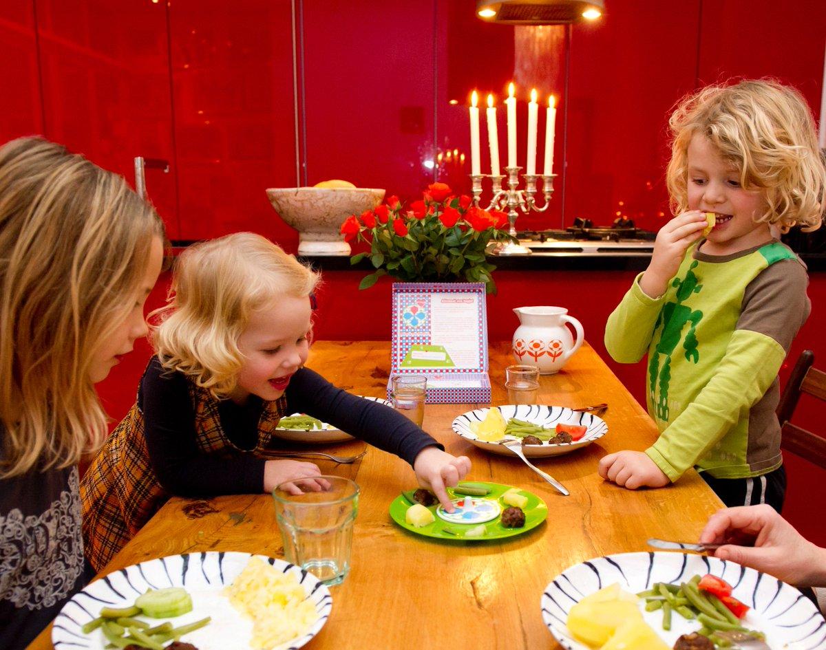 test Twitter Media - Recensies beschikbaar over hulpmiddelen om kinderen beter te laten eten en een mooie recensie over Mangigi van @st_ondervoeding. Dank ErasmusMC en Wiebke van Amsterdam! https://t.co/kiGOd6TClC https://t.co/pXR8FE7omu