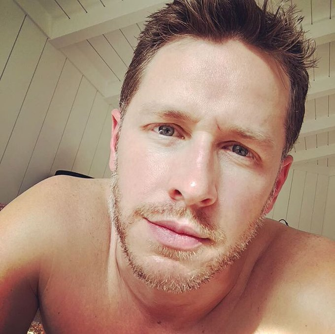 Happy BDay to this beautiful and incredible man! Happy BDay Josh Dallas!